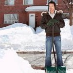 Pelleter la neige…gare aux blessures !