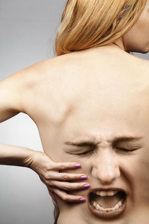 souci cervicales et douleur genoux